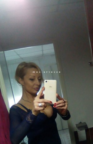 Evelyna sexemodel escort girl
