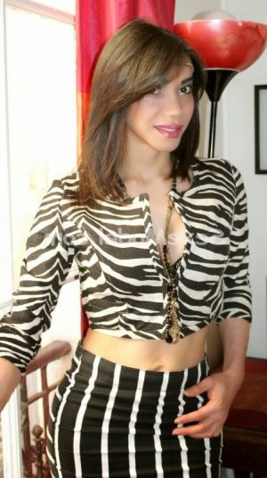 Monie lovesita massage tantrique