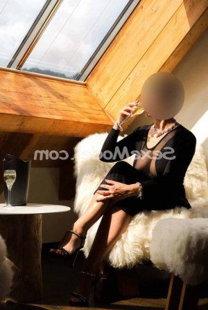 Corentine massage sexy escorte girl à Liverdun