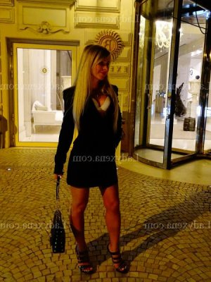 Chanela ladyxena escorte girl